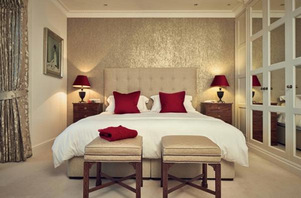idée déco chambre adulte romantique beige rouge et blanc
