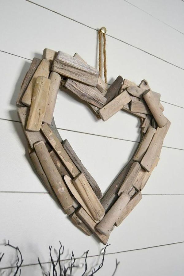 idée déco chambre adulte romantique coeur de bois diy