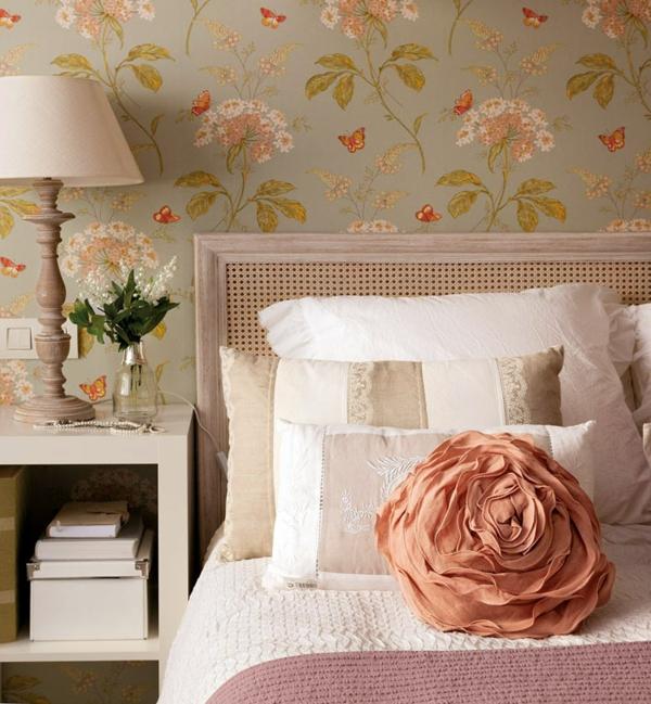 idée déco chambre adulte romantique linge de lit en matières fines