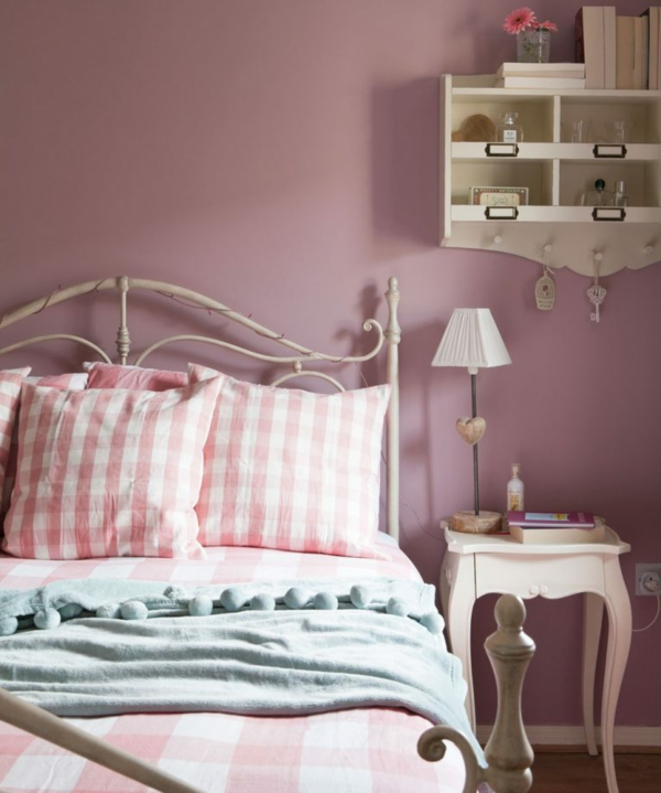 idée déco chambre adulte romantique rose et blanc ivoire