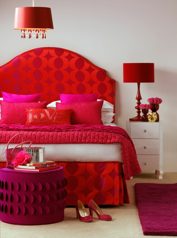 idée déco chambre adulte romantique rouge éclatant