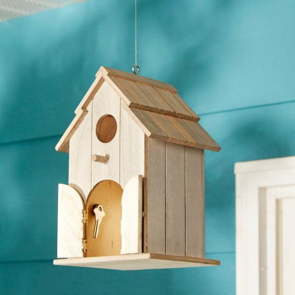 idée de cachette secrète maison cabane à oiseaux