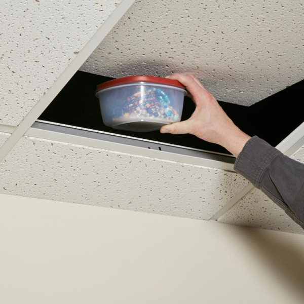 idée de cachette secrète maison dalle de plafond suspendu