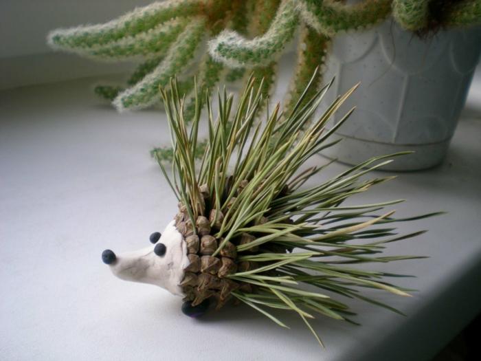 idée intéressante création avec des pommes de pin