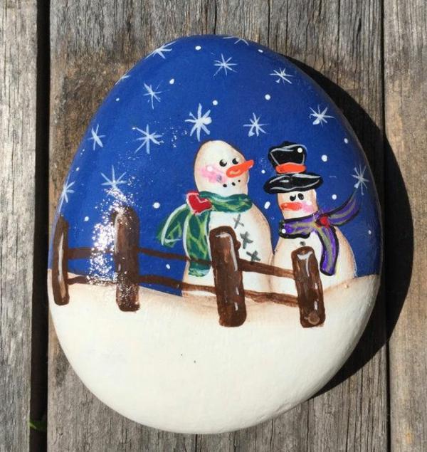 idée peinture sur galets pour noël bonhomme de neige