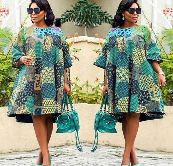 le pagne africain robe et sac harmonisent