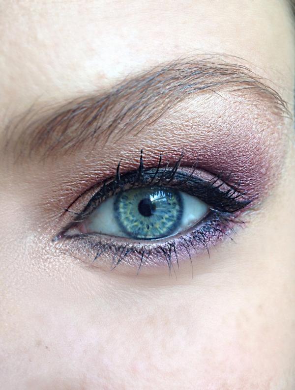 maquillage yeux de biche maquillage pour des yeux bleus