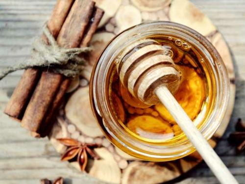 miel et cannelle de ceylan pour maigrir