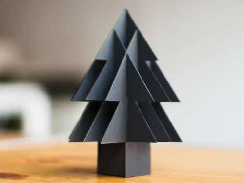 sapin de Noël en carton arbre gris