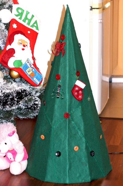 sapin de Noël en carton feutre vert pour couverture