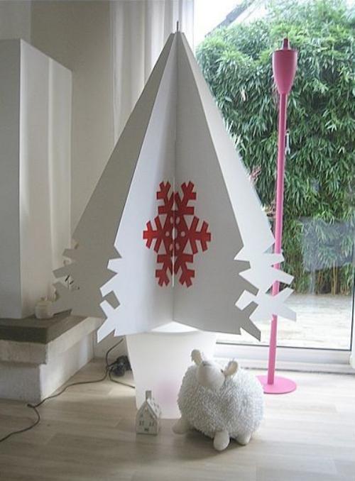 sapin de Noël en carton sapin blanc