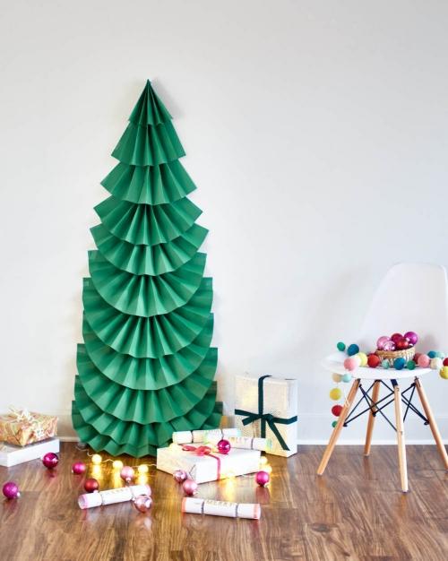 sapin de Noël en carton sapin vert