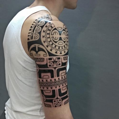 tatouage polynésien plus tendre