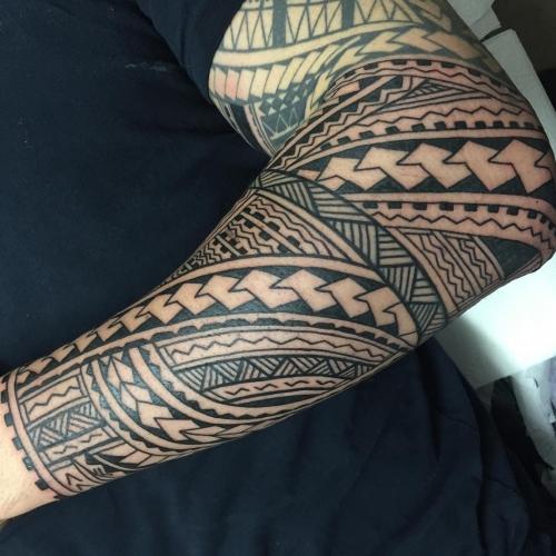 tatouage polynésien résistance et force