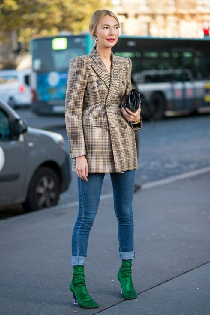 veste carreaux femme et bottines vertes