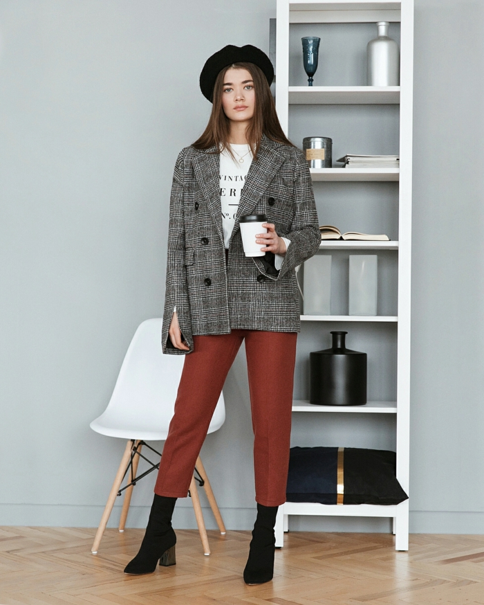 veste carreaux femme et pantalon en bordeaux