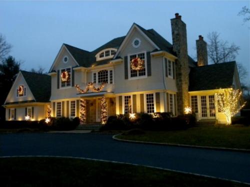 éclairage Noël extérieur calme nocturne