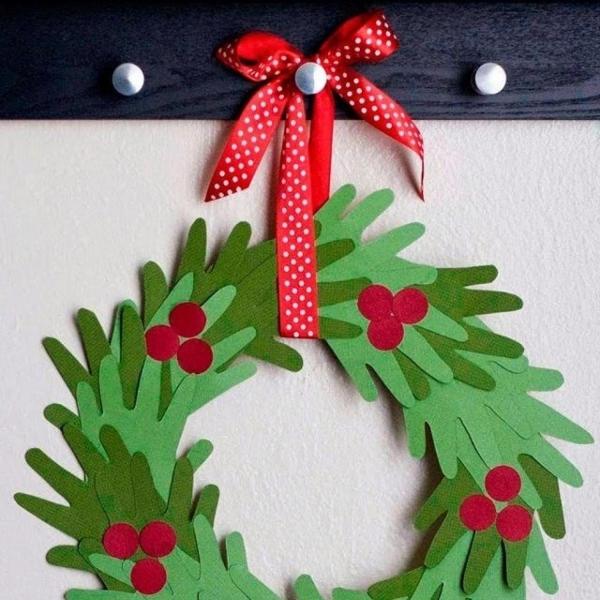 activité manuelle maternelle Noël une couronne de Noël