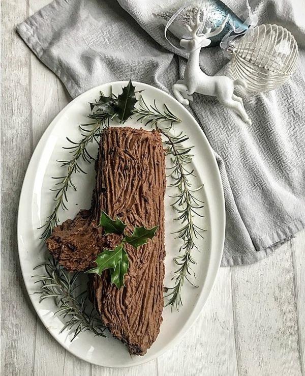 bûche de noël vegan déco traditionnelle