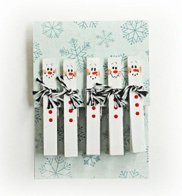 bonhommes de neige pinces à linge carte noël à faire soi-même