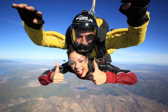 cadeau Noël copine saut en parachute