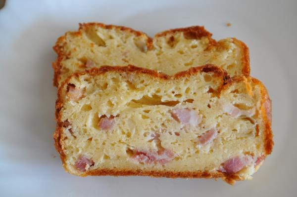 cake salé de Noël bacon et fromage jaune