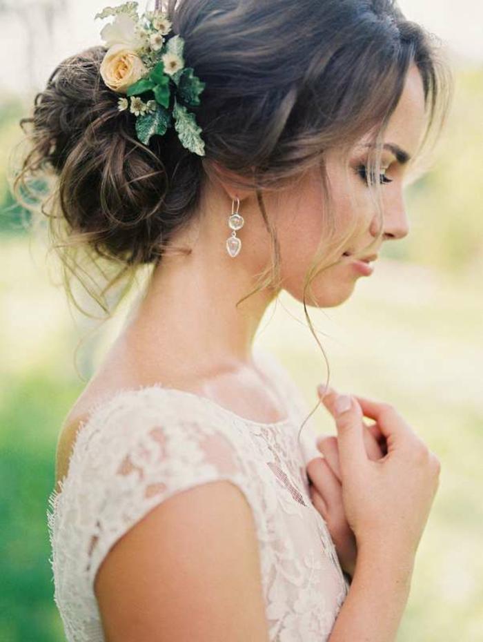 coiffure mariage idée avec chignon flou