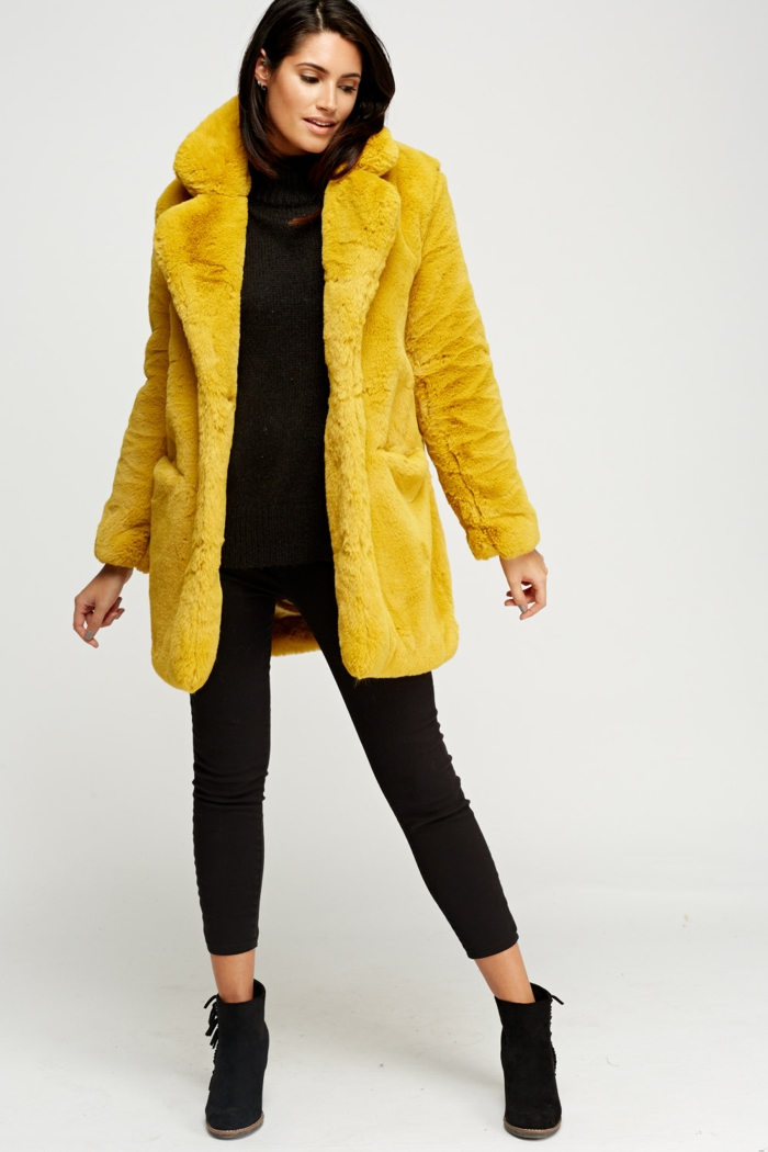 comment adopter le manteau en fausse fourrure moutard