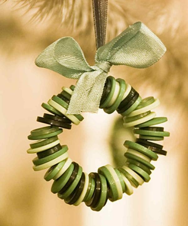 couronne en boutons verts idée bricolage noël