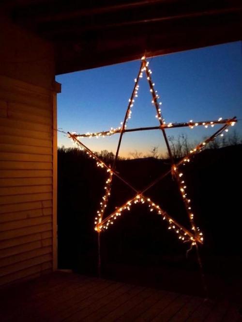 déco Noël scandinave une étoile embrasée