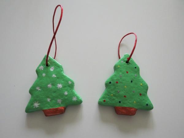 déco de Noël en pâte à sel deux sapins verts