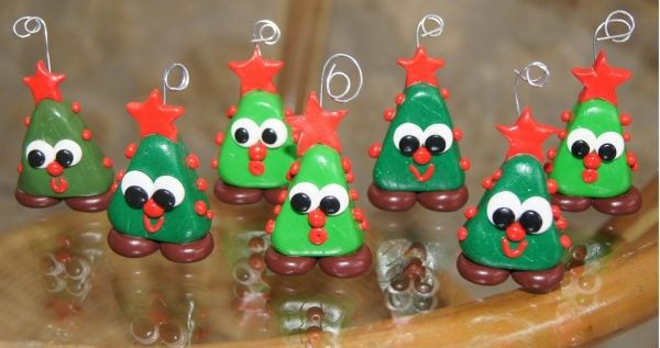 déco de Noël en pâte fimo sapins originaux