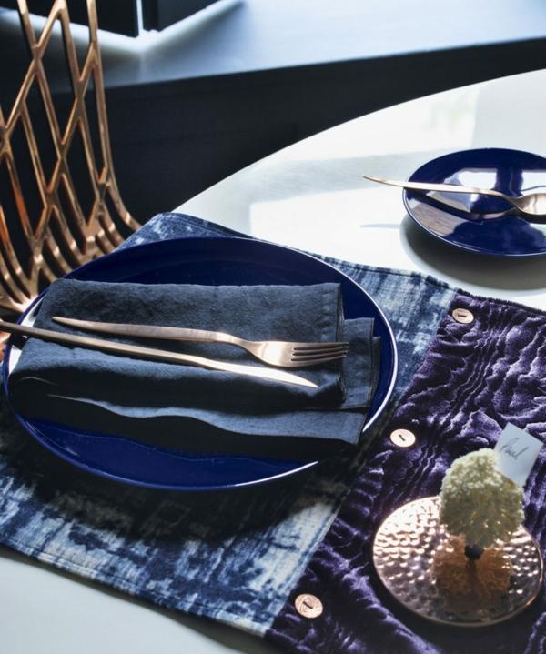 déco de table noël moderne velours et métal