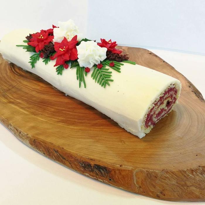 décoration bûche de noël au chocolat blanc
