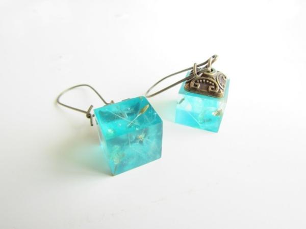diy bijoux en résine boucles d'oreilles forme carré