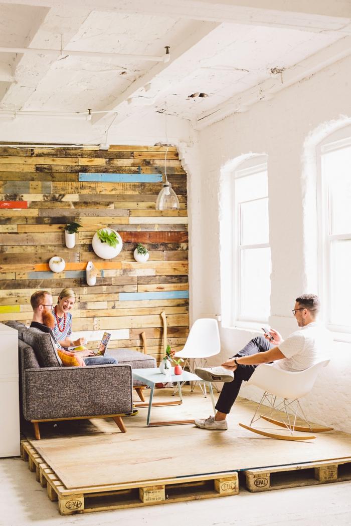 estrade en bois la solution pour d limiter l 39 espace dans la maison. Black Bedroom Furniture Sets. Home Design Ideas
