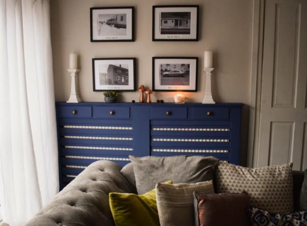 сделать крышку радиатора дополнительной мебелью с ящиками гостиной