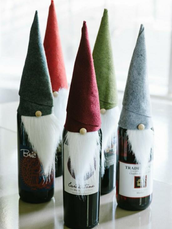 gnome de noël bouteille de vin