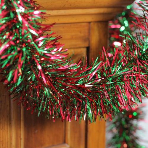 guirlande de Noël en vert et en rouge