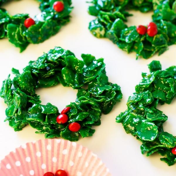 idée de couronne noël biscuits sans cuisson céréales guimauves