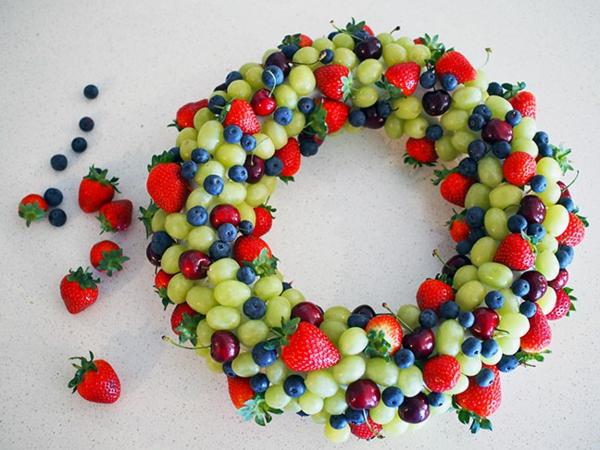 idée de couronne noël fruits frais