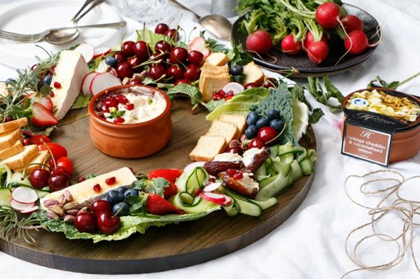 idée de couronne noël fruits légumes fromage