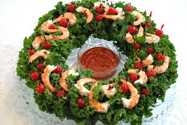idée de couronne noël salade verte crevettes