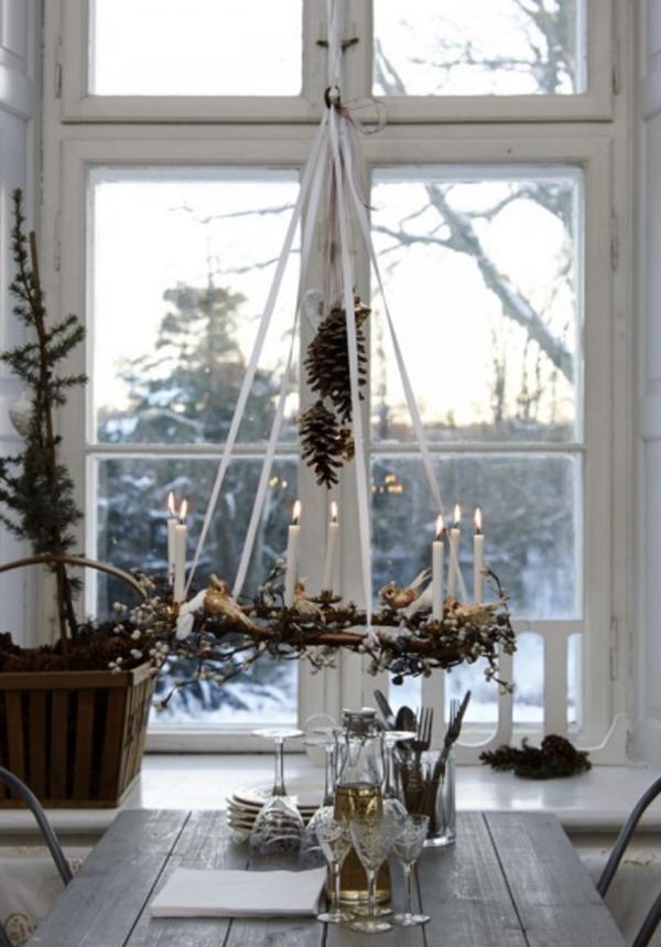 idée de déco de noël scandinave chandelier suspendu