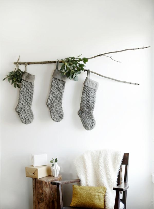 idée de déco de noël scandinave chaussettes noël