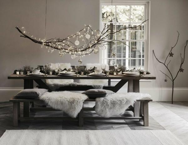 idée de déco de noël scandinave mobilier en bois brut