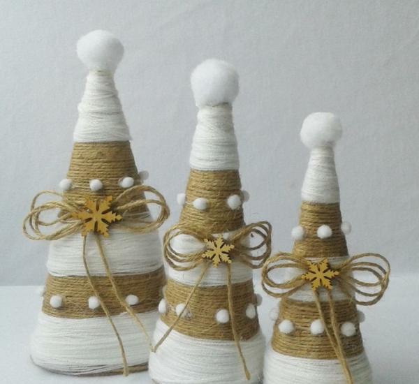 idée de déco de noël scandinave sapin cône en carton fil à tricoter