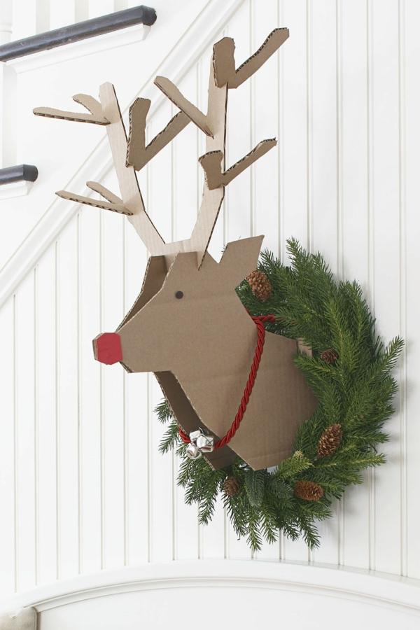 idée de déco de noël scandinave tête de renne en carton