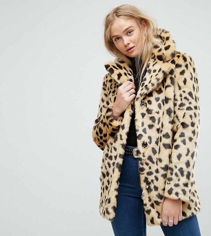 jean avec manteau en fausse fourrure