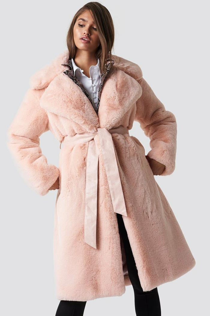 manteau en fausse fourrure à carreaux couleur pêche